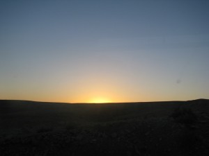 Negev_ Sunrise_With_Moon 23
